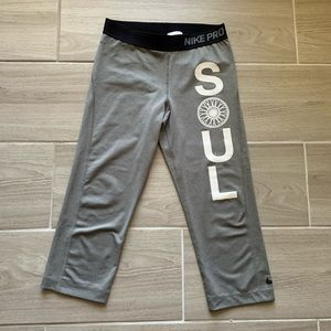 Nike Pro x Soul Cycle cropped leggings Size M